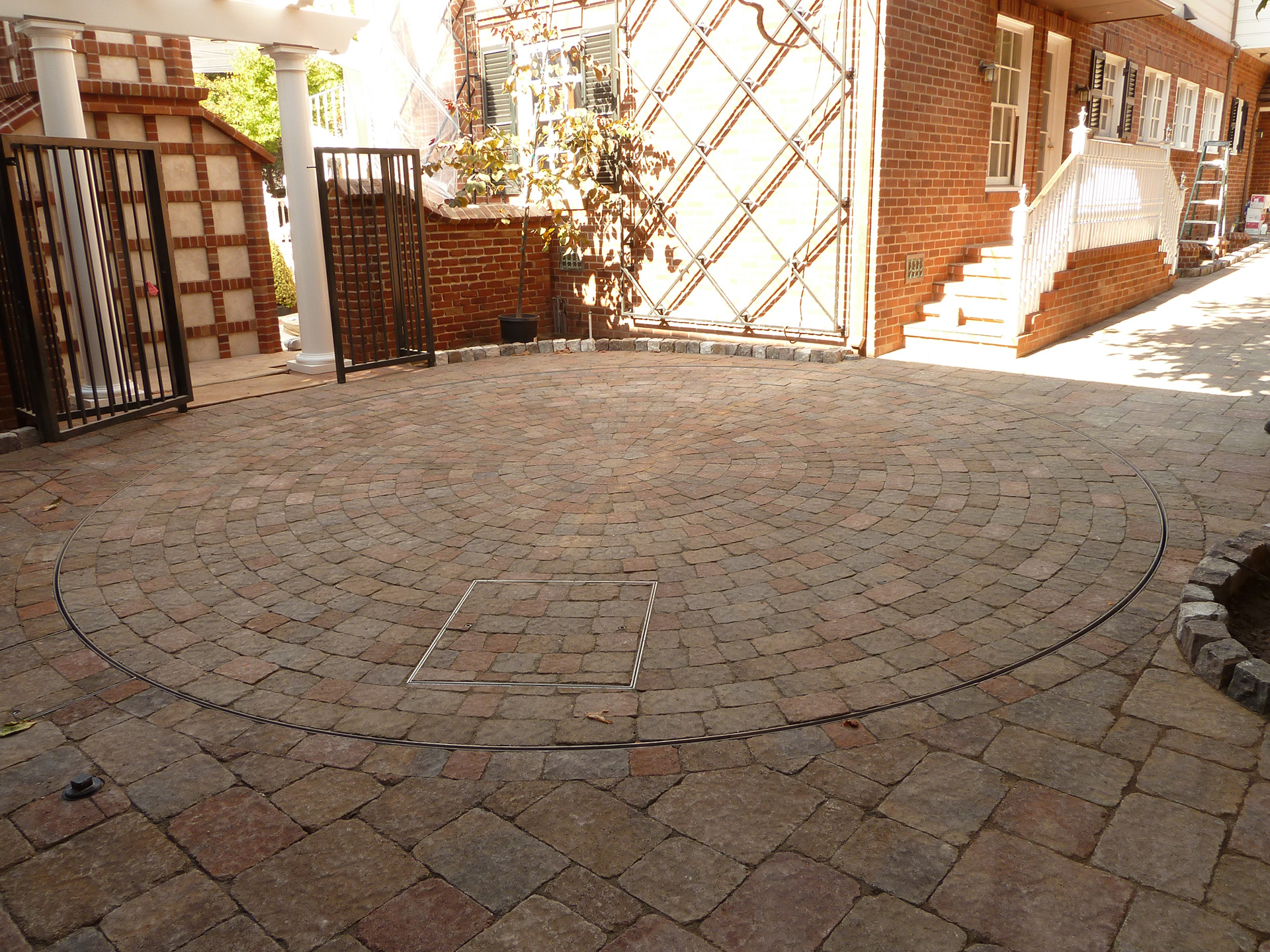 Pavers Turntable2